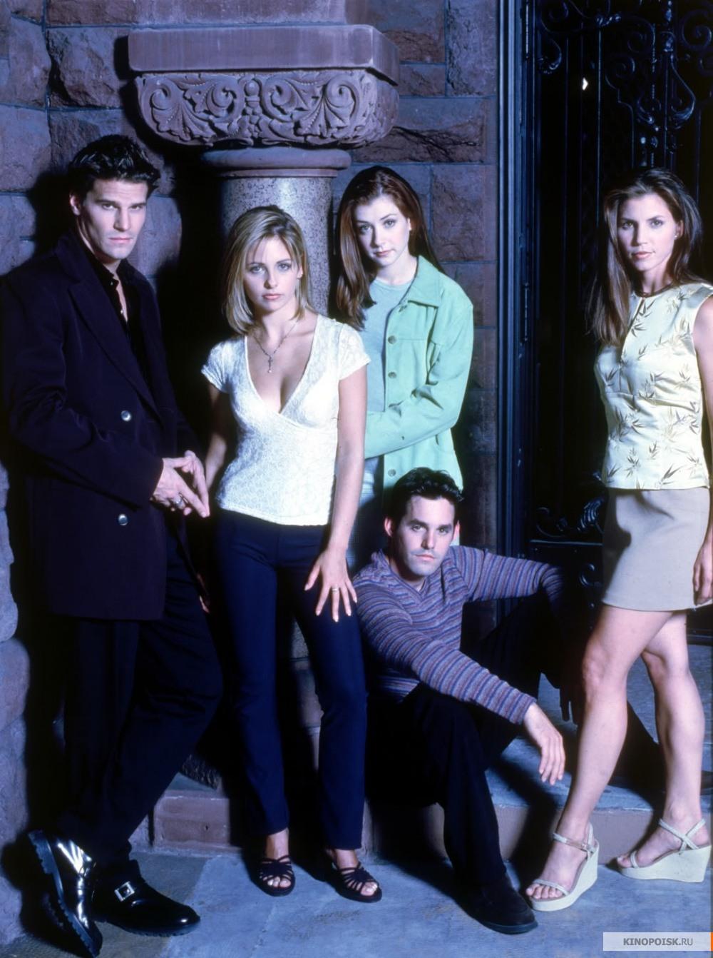 http://st.kinopoisk.ru/im/kadr/1/0/1/kinopoisk.ru-Buffy-the-Vampire-Slayer-1016540.jpg