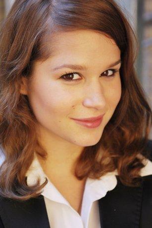 Jasmin Schwiers - kinopoisk.ru-Cristina-do-Rego-1020814