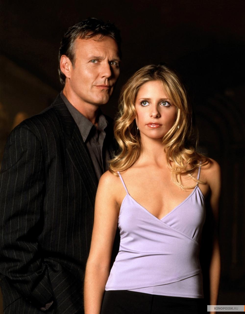 http://st.kinopoisk.ru/im/kadr/1/1/9/kinopoisk.ru-Buffy-the-Vampire-Slayer-1195324.jpg