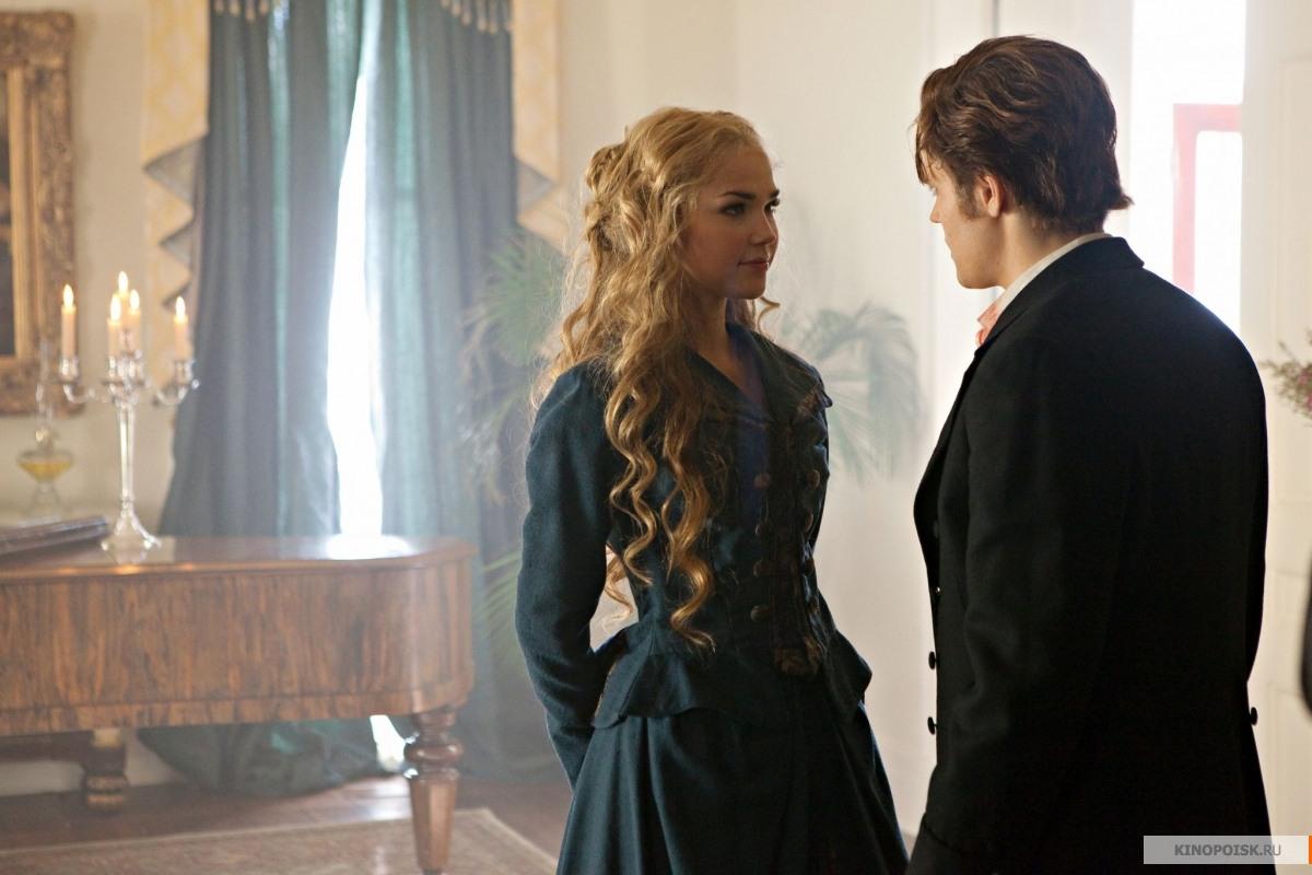 http://st.kinopoisk.ru/im/kadr/1/4/9/kinopoisk.ru-Vampire-Diaries_2C-The-1499510.jpg