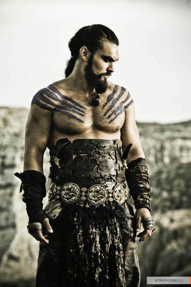 http://st.kinopoisk.ru/im/kadr/1/6/4/kinopoisk.ru-Game-of-Thrones-1640478.jpg