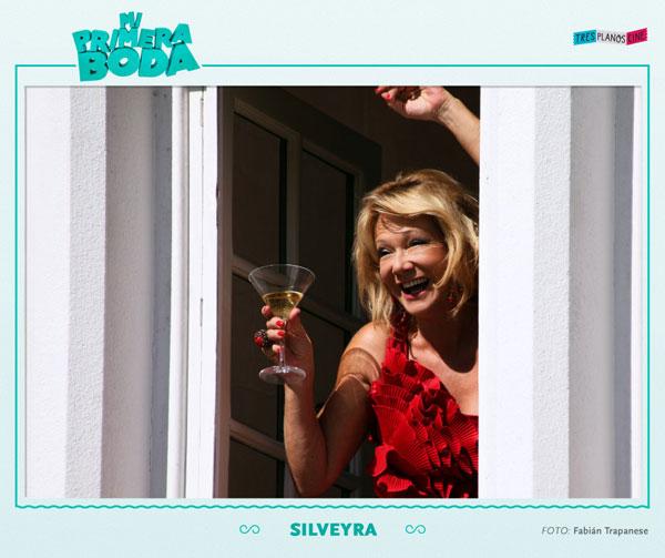 http://st.kinopoisk.ru/im/kadr/1/6/4/kinopoisk.ru-Mi-primera-boda-1649218.jpg