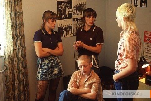 http://st.kinopoisk.ru/im/kadr/5/5/7/kinopoisk.ru-This-Is-England-557378.jpg