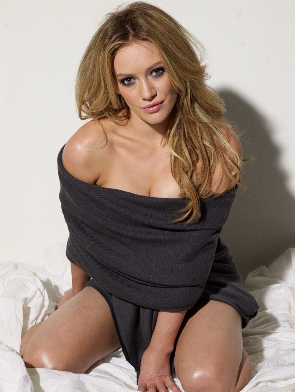 http://st.kinopoisk.ru/im/kadr/8/7/6/kinopoisk.ru-Hilary-Duff-876499.jpg