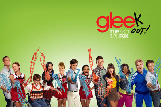 http://st.kinopoisk.ru/im/poster/1/3/5/kinopoisk.ru-Glee-1353011.jpg