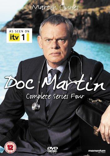 озвучка - Доктор Мартин / Doc Martin Kinopoisk.ru-Doc-Martin-1684389