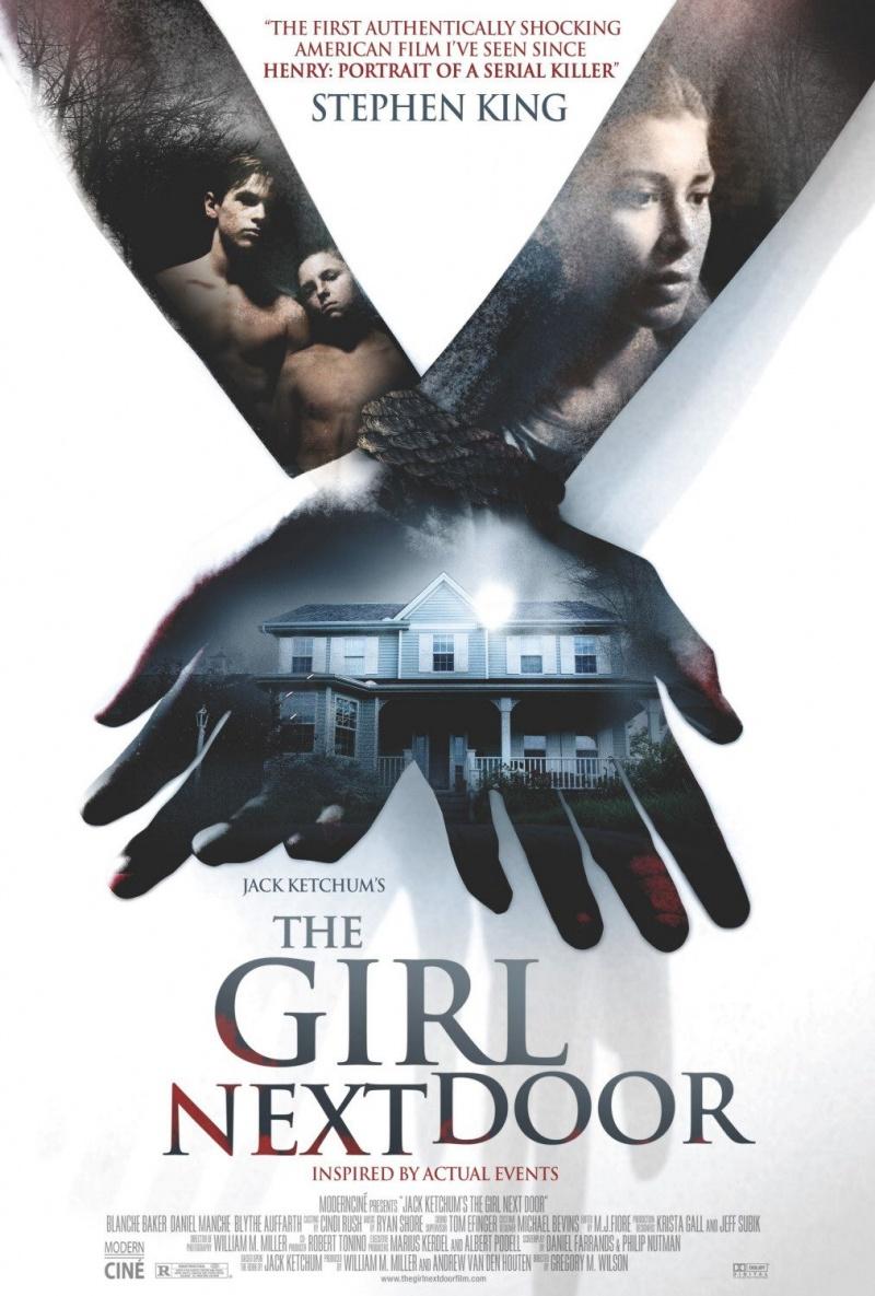 Девушка напротив Kinopoisk.ru-The-Girl-Next-Door-699566