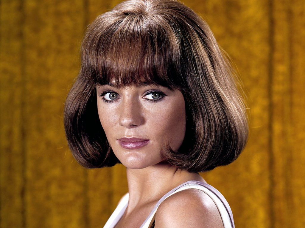 Jacqueline Bisset Official celebrity fan site. Jacqueline Bisset Pictures ...