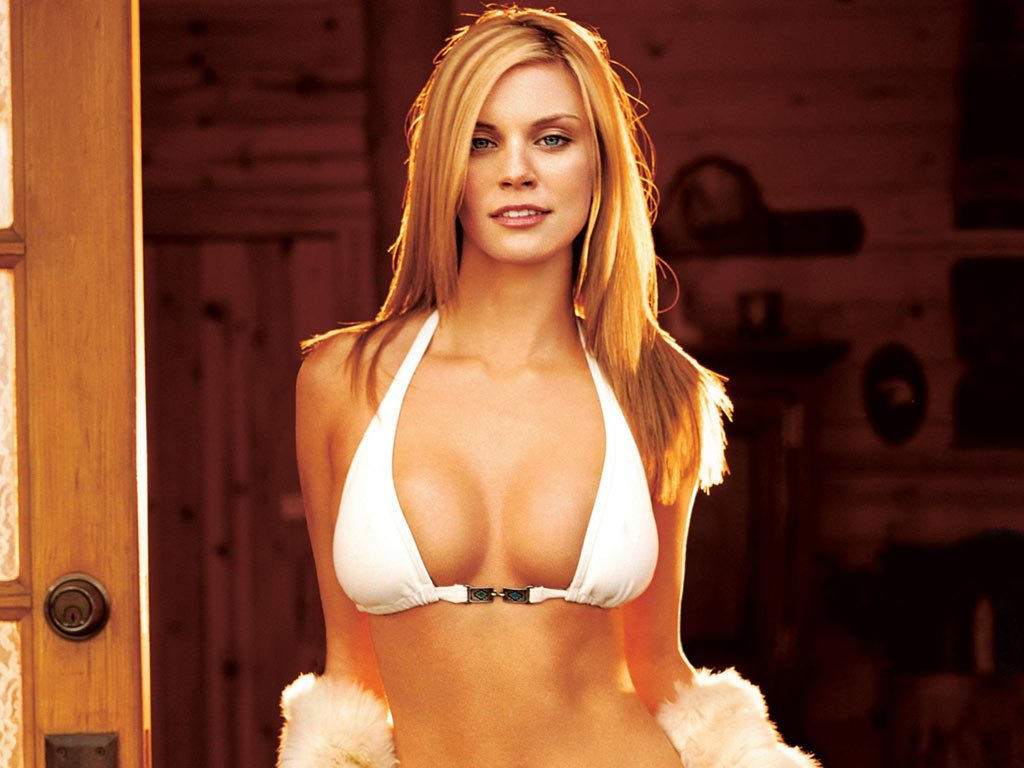 Nicole Hiltz Naked 49